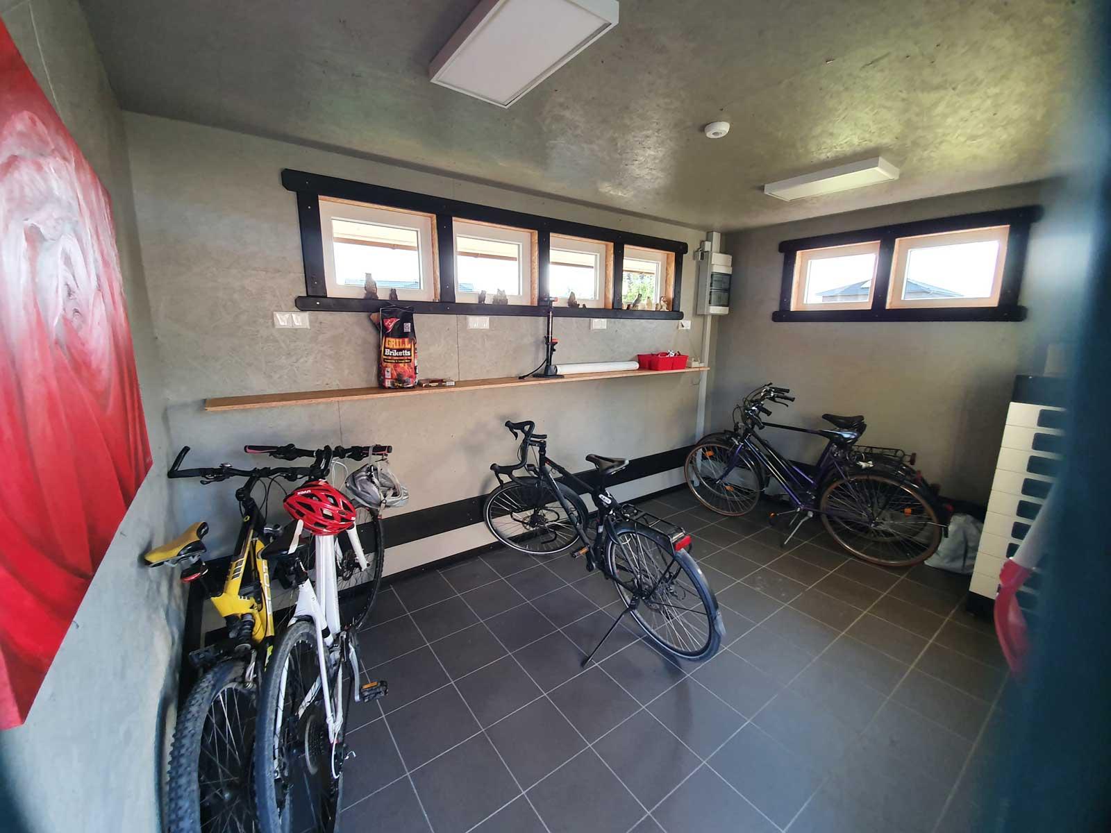 tinyhaus-galerie-fahrrad